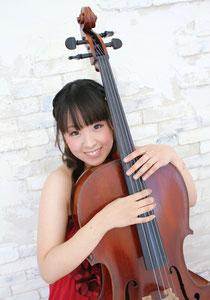 紫竹友梨(チェロ)