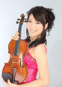 金沢紫(ヴァイオリン/ヴィオラ)