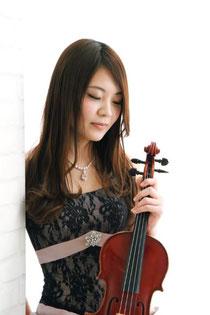 清水綾(ヴァイオリン/ヴィオラ)