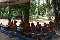 Kriegsversehrte Musiker in Banteay Srei