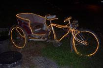 Fahrrad-Rikscha vor der Cocktail Bar