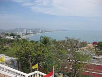Blick vom Wat Khao Takiab auf die Bucht von Hua Hin