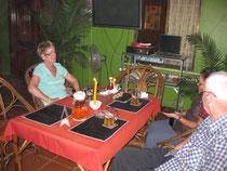 Bei einem Angkor Bier im Haus Bremen
