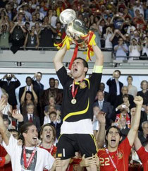 L'équipe d'espagne remportant la finale de l'euro 2008.