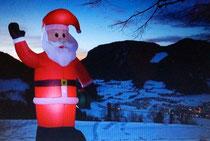 Weihnachtmann beleuchtet