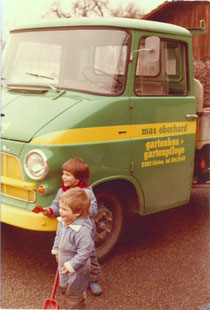 Erster Firmenlieferwagen 1975