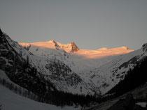 """zum Menü """"Ski- und Schneeschuhtouren"""" bitte auf Bild klicken"""