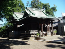 篠原八幡神社の拝殿・本殿