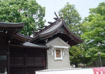 溝口神社本殿(覆殿)