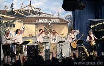 Pockinger Buam im Starkbierfest 2011 auf der Suche nach einer neuen Bleibe