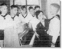Rose-Marie Stoye bei der Stimmbildung