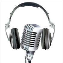 AD-RADIO gehört gesendet - Audiodienstleistung - Mikrofon und Kopfhörer