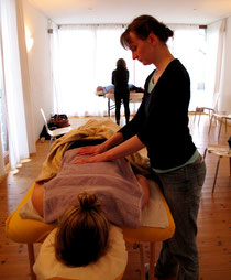 Die Breuß- Massage www.naturheilpraxis-merker.de