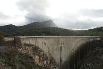 Ste Victoire & le barrage de Bimont