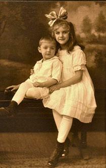 Mary Elizabeth & Stephen Stanley SECHRIST circa 1918
