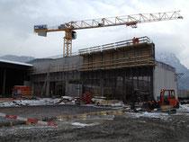 stationäre Brech- und Siloanlage im Bau