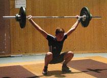 Dennis Nenno mit 53 Kilo im Reißen