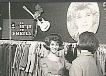 Sheila dans sa boutique