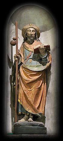 Statue de Saint Jacques. Eglise du village du Mont Saint Michel. Manche 50