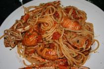 Delicious Plate of Pasta w Prawns & tomato sauce