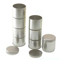 Teedose; vier Steckdosen
