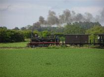 Petit train de la Baie de Somme photo www.gitesdumarquenterre.com  contact@giteslhelias.com  Tél. 03.22.25.66.21 / 06.32.63.50.40