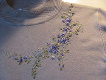вышивка лентами на трикотаже