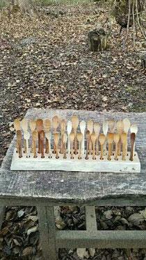 森のカトラリーシリーズの木のスプーンです。