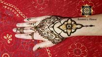 Henna Motiv Mittel