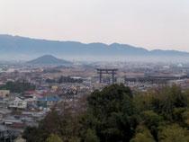 三輪山より大和を一望