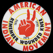 American wounded knee button von 1990