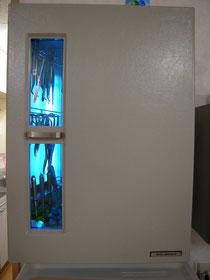 紫外線保管庫の写真