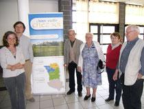 Les participants lors de la première réunion