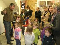 Christian, les enfants et leurs accompagnatrices.