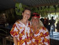 Wir, Erich und Christiana, in Vanuatu Tracht