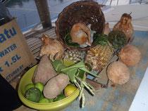 kleine Auswahl der vielen Geschenke und Tauschwaren im Marau Sound