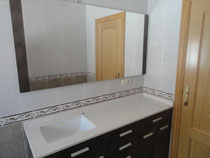 mueble baño marron
