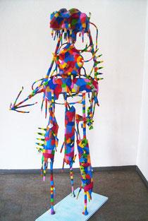 Waltraute 2011  Holz, Pappmaché, Kabel, Styropor, Acryl  170 x 70 x 80, in Privatbesitz, Erlangen