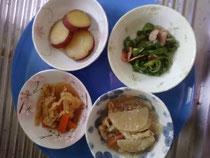 ある日の昼食(副食)