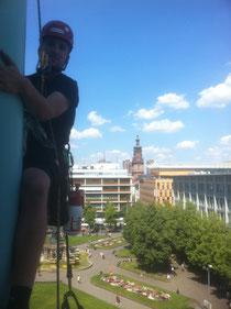 Proseil-Kletterer in Mannheim am Stadthaus N1