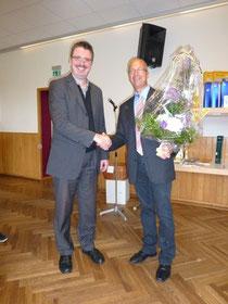 links: Pfarrer Mittmermüller