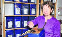 """""""Die Nachfrage nach Tee ist nicht größer als sonst zum Winter"""", sagt Teeladen-Inhaberin Larissa Scholtysik. Wie in jedem Jahr verkaufe sie besonders die Weihnachtssorten."""