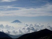 富士に雲海に蝙蝠岳