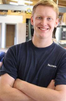 Maximilian Frederik Hartlef, 19 aus Himmelpforten