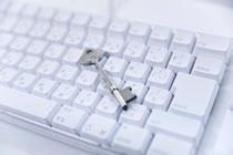 IT内部統制の改善・強化を通してITガバナンスの確立をご支援します。