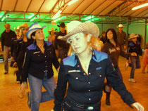 La cowboy's Counhtry School in azione