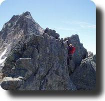 Guías de Montaña y Barrancos, Enara