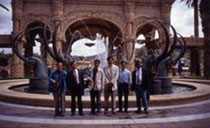 写真2:1993年8月南アフリカでのIFLA大会 エクスカーションにて 左から杉尾、松崎、田畑、輿水、黒川他