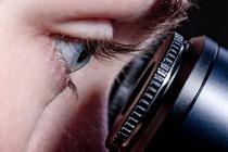 Wurzelbehandlung mit Dental-Mikroskop (© Alexander Raths - Fotolia.com)