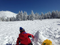 パウダースノーでは雪だるまが作れません